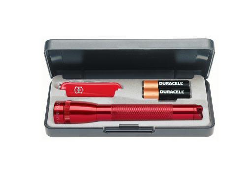 Maglite Taschenlampen-Set mit Stablampe, Batterien und Victorinox Taschenmesser